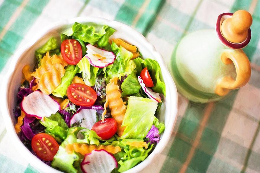 5 món salad trộn khai vị cực hấp dẫn trong thực đơn dịch vụ nấu tiệc tại nhà